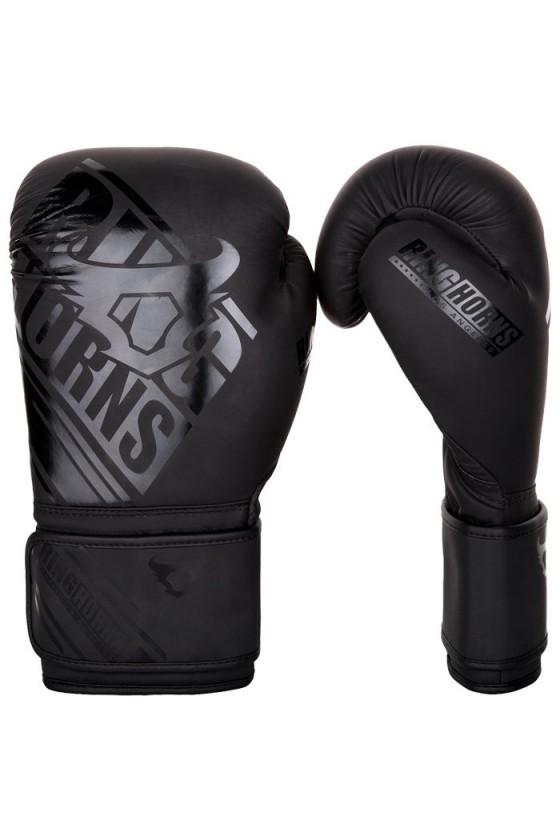 Боксерские перчатки...