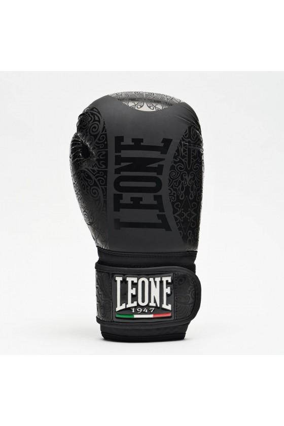 Боксерские перчатки Leone Maori черные