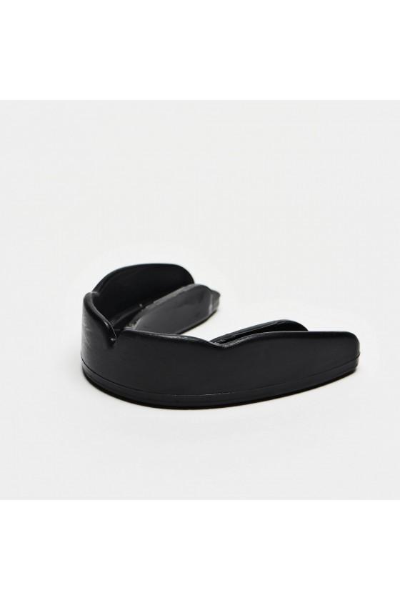Капа Leone Basic черная