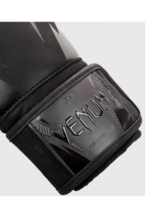 Боксерские перчатки Venum Impact Black/Black