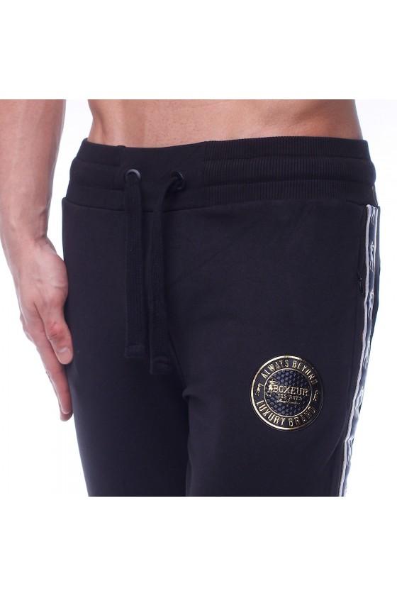 Спортивні штани чорні з емблемою