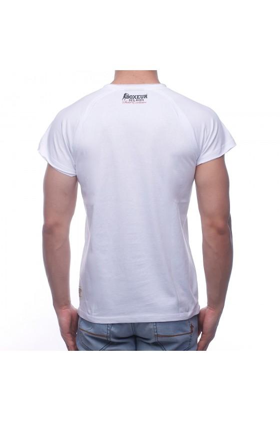 Футболка біла з об'ємним логотипом і написом на грудях