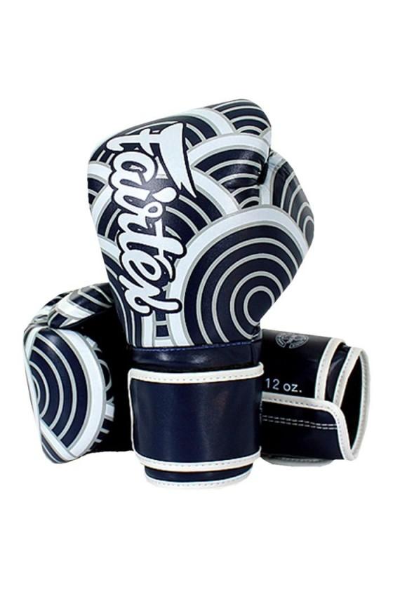 Боксерские перчатки Fairtex...