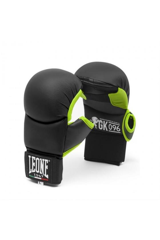 Перчатки для каратэ Leone...