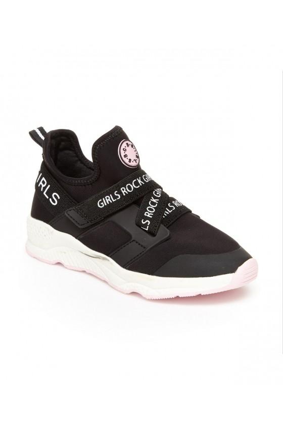 Дитячі кросівки для...