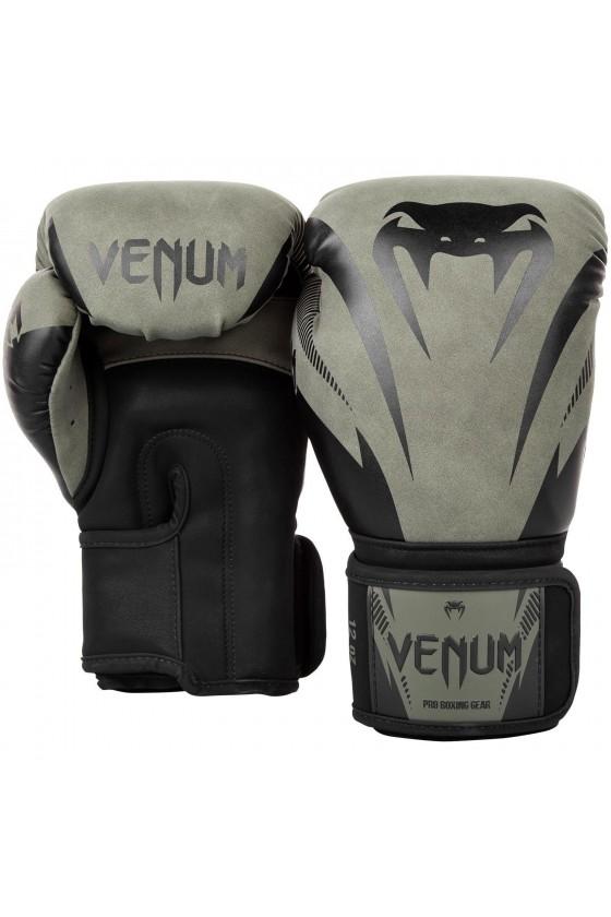 Боксерские перчатки Venum...
