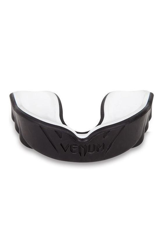 Капа Venum Challenger Black...